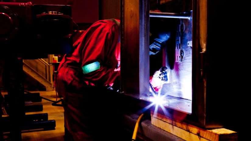 High-Tech im Fokus – Plasmabehandlung von Kunststoffoberflächen 13